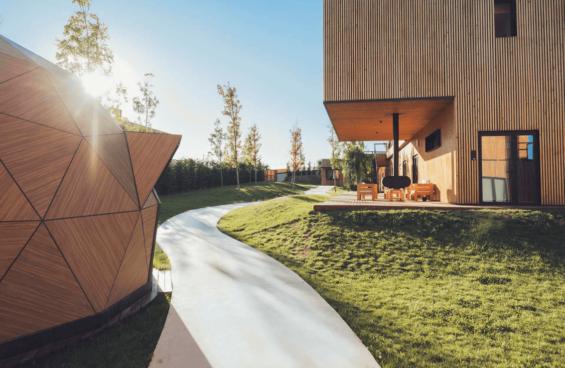 Moana-eco-surf-house